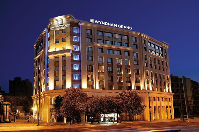 exterior-wyndham-grand-athens