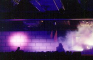 the_show_must_21-nov-00