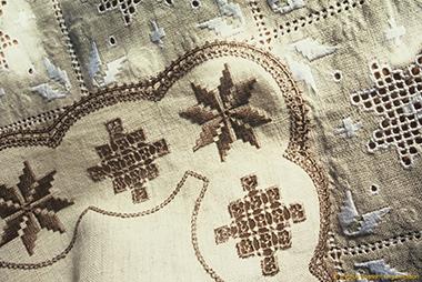 Cyprus_Lefkara_Lefkaritika_1_Handicrafts_lrg