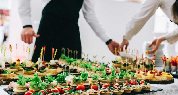 Catering: Εκπαίδευση και προσόντα προσωπικού